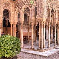 alhambra granada columnas