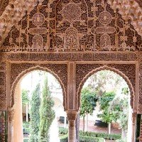 alhambra granada ventana