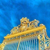 Puerta dorada palacio de versalles